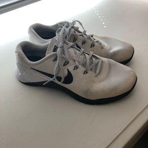 Nike metcon 3 white used
